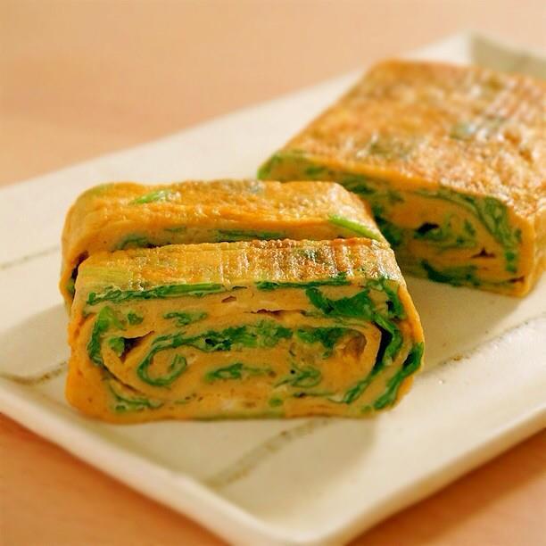 ไข่ม้วนสไตล์ไทยใส่ผักชี